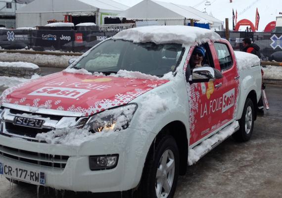 Création et réalisation du covering des véhicules de l'événement La Folie Sosh.